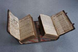 libros-dobles-medievales